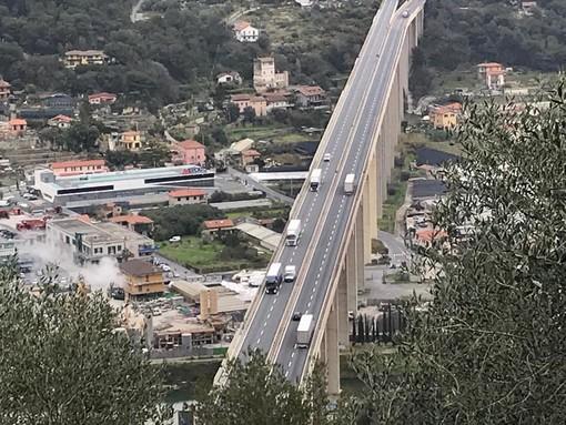 """Prime weekend """"senza frontiere"""" regionali: deciso aumento del traffico autostradale, i piemontesi tornano nelle seconde case in Liguria"""