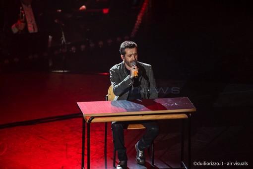 Daniele Silvestri sul palco di Sanremo