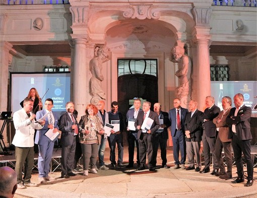 """Enoteca Regionale del Roero: ecco le etichette premiate col titolo onorario di """"Vini dell'anno 2019"""""""
