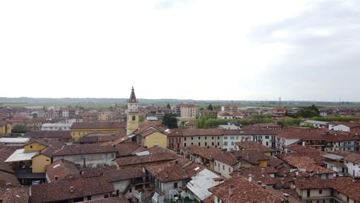 Una veduta dell'abitato di Narzole (archivio)