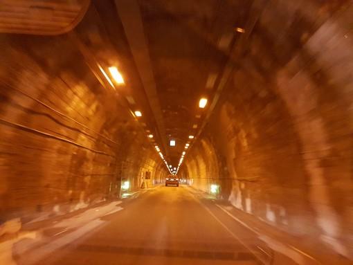Doppia chiusura notturna al tunnel di Tenda per lavori di manutenzione