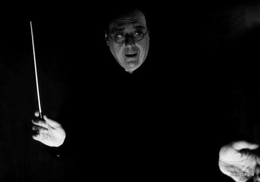Alba, il maestro Paolo Paglia dirige il Concerto della notte di San Lorenzo