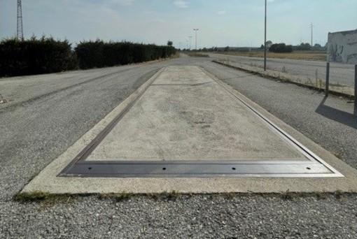 Vendesi peso per autotreni di dimensioni metri 18x3