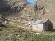 La baita dove abitano Matteo e Sara durante l'alpeggio al Valasco di Valdieri