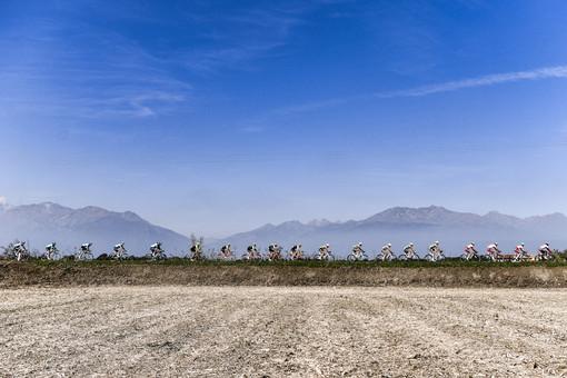 Oggi al via il 104° GranPiemonte: la sfida tra le colline delle langhe