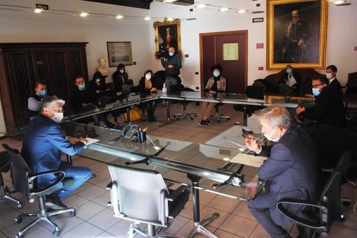 Un momento dell'incontro tenutosi in municipio