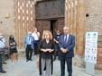 Carolyn Christov-Bakargiev presenta la mostra insieme al presidente della Fondazione Crc Giandomenico Genta