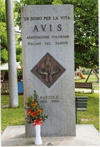 """Il monumento """"Un dono per la vita"""" di Narzole"""