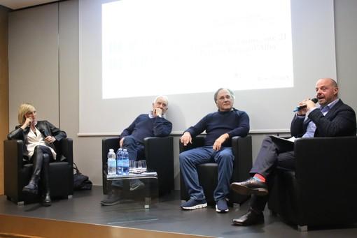 Un momento dell'incontro a Palazzo Banca d'Alba (Foto Bruno Murialdo)