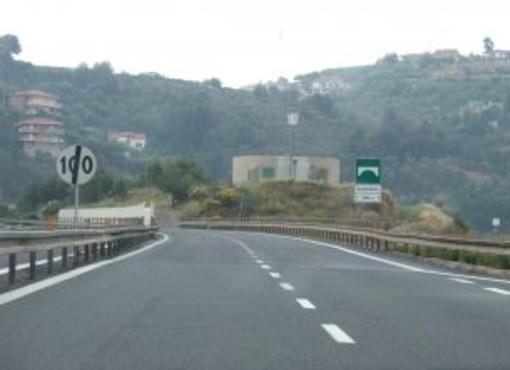 Chiuso per una notte l'allacciamento tra la complanare di Savona e l'autostrada A6