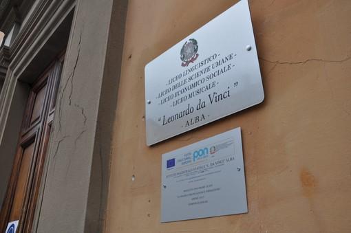 "L'ingresso del Liceo ""Da Vinci"" di Alba, in piazza San Francesco d'Assisi"