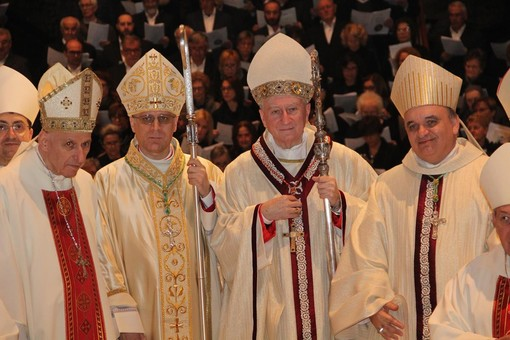 Alcuni momenti dell'ordinazione episcopale (credits: Davide Saglietti)