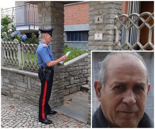 I Carabinieri di fronte all'abitazione di via Cavour, a Bagnolo Piemonte. Nel riquadro, Pasquale Mattana