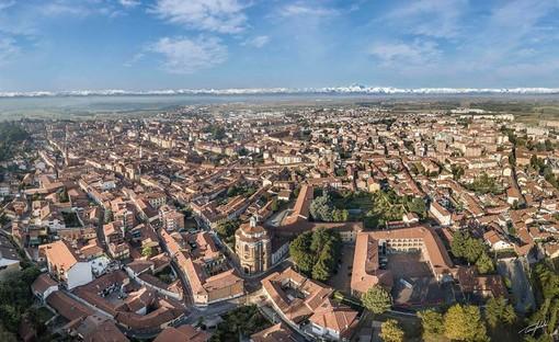 Una veduta aerea di Bra - Foto di Tino Gerbaldo