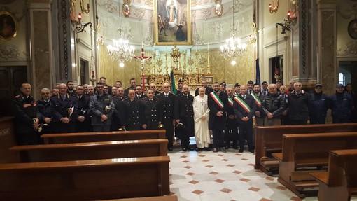 I presenti all'annuale celebrazione braidese omaggio alla patrona dell'Arma