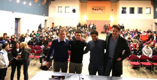 I tre ospiti con il professor Andrea Sacco, moderatore dell'incontro
