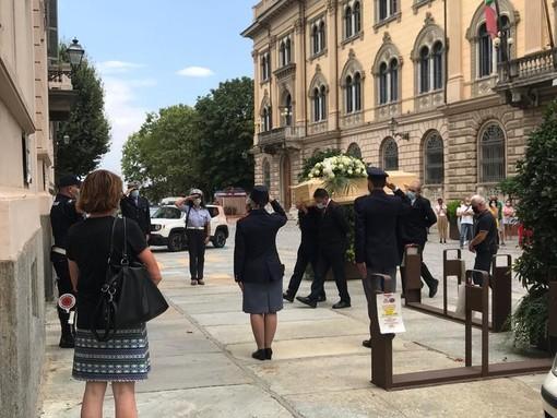 L'ultimo saluto a Elia, Nicolò, Camilla e Samuele: oggi è il giorno del lutto cittadino a Cuneo e Fossano
