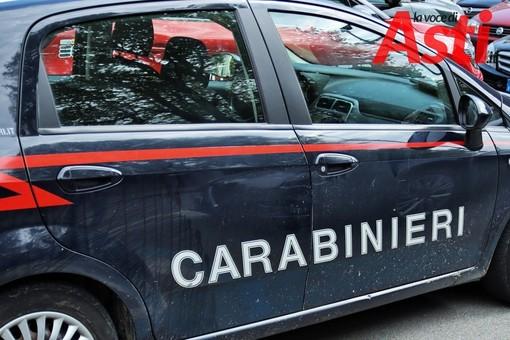 Fugge dopo aver investito una donna in bici, rintracciato e denunciato dai Carabinieri