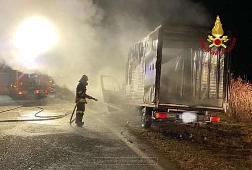 L'intervento dei Vigili del fuoco a Ceresole d'Alba
