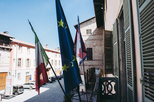 Il municipio di Cherasco (foto Barbara Guazzone)