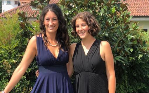 Lezioni d'inglese in diretta su Instagram: l'idea vincente di due sorelle monregalesi