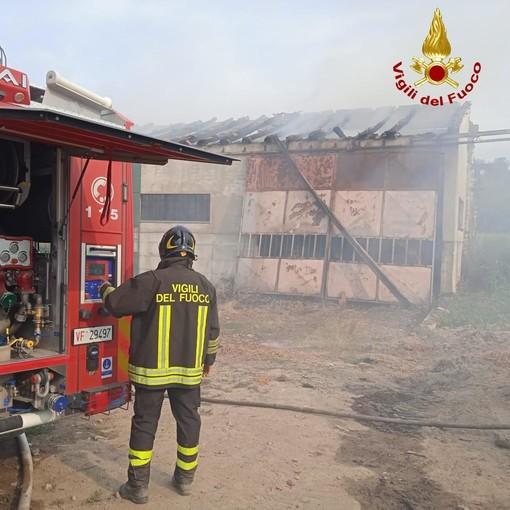 I pompieri al lavoro a Clavesana