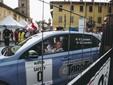 Il vicepresidente regionale Carosso alla partenza dell'edizione 2020 a Cherasco al volante della Numero Zero (foto Barbara Guazzone)