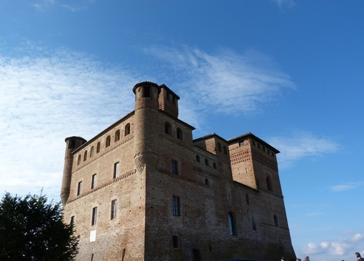"""Al castello di Grinzane Cavour, Confartigianato presenta la guida """"Creatori di eccellenza nel food"""""""