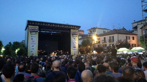 Collisioni 2019 parte alla grande: un successo il concerto di Eddie Vedder (VIDEO)