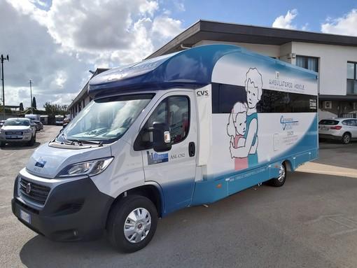 L'ambulatorio mobile polidiagnostico donato dalla Fondazione Ospedale Alba-Bra