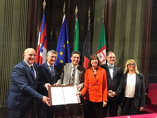 Piemonte Liguria e Valle d'Aosta unite nella promozione turistica: nuovo accordo siglato ad Alba