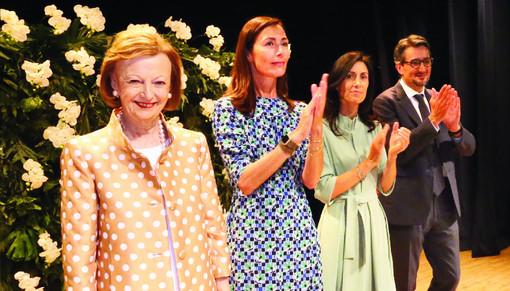 Giovanni Ferrero, con la madre Maria Franca Fissolo, la moglie Paola Rossi e la nuora Luisa Strumia