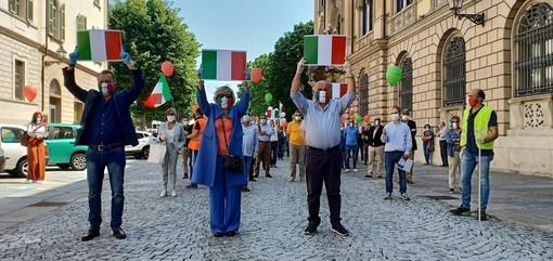 Da sinistra, Paolo Bongioanni, Monica Ciaburro e William Casoni, esponenti di spicco cuneesi di Fratelli d'Italia