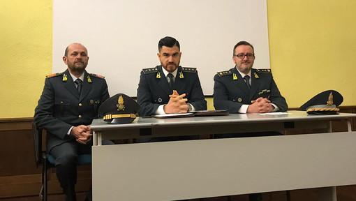 Un momento della conferenza tenuta questa mattina presso il Comando provinciale delle Fiamme Gialle