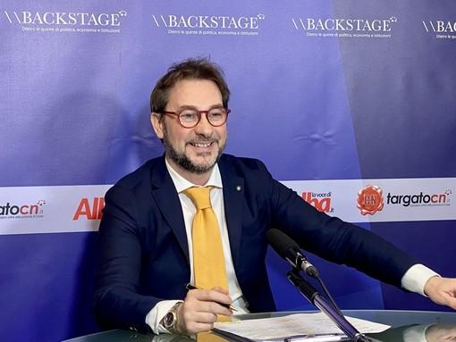 Backstage: questa sera al centro della nuova puntata, ancora chiuse piscine, palestre, teatri. Conduce Gian Maria Aliberti Gerbotto