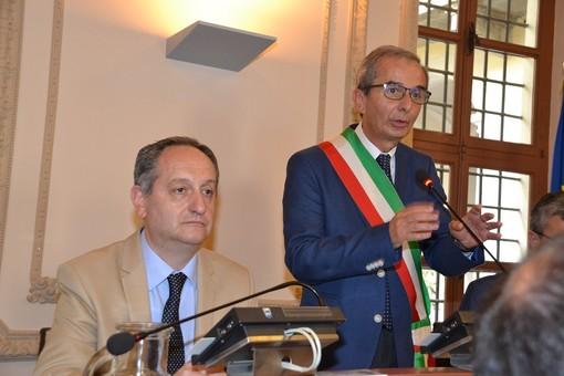 Il sindaco Fogliato insieme al vice Conterno in un'immagine d'archivio