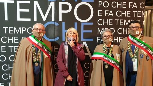 """La Confraternita della Nocciola di Cortemilia fa festa a Luciana Litizzetto ospite a """"Che tempo che fa"""""""