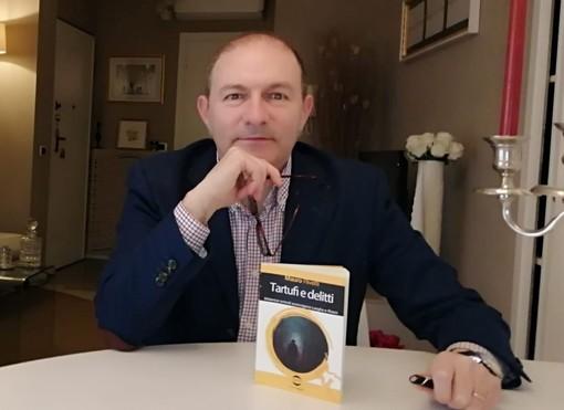 Lo scrittore albese Mauro Rivetti