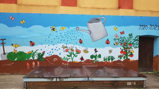 Un murales per la scuola dell'infanzia Centro Storico di Bra