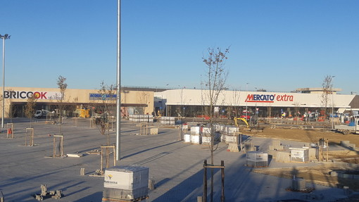 Il Mercatò Extra nel nuovo parco commerciale dell'area Pignari