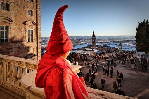 """Il """"Magico Paese di Natale"""", grande evento che ha come teatro il castello sabaudo di Govone"""