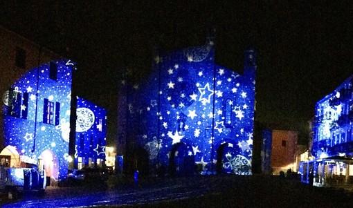 """Sfoggio di luci in piazza Duomo per """"Notti della Natività"""""""
