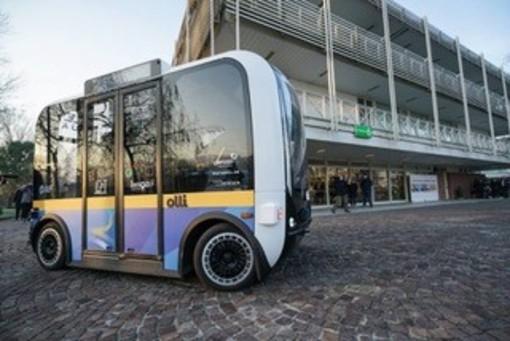 A Torino al via la sperimentazione dello shuttle a guida autonoma 'Olli'