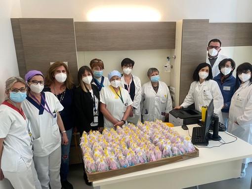 Uova di Pasqua in dono ai pazienti dell'Oncologia di Verduno