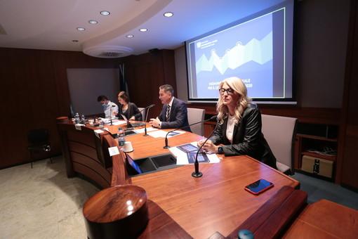 """Le prospettive delle imprese cuneesi restano negative, ma il """"rimbalzo"""" è evidente (VIDEO)"""