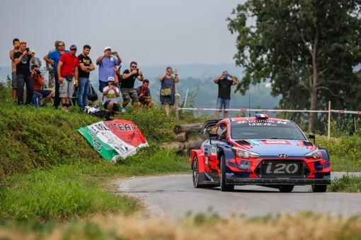 Pieno di iscritti al 14° Rally di Alba: team da 9 nazioni per il grande evento di motori sulle colline Unesco