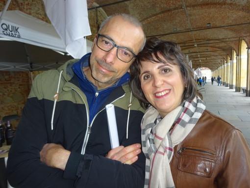 Silvano Bertaina e Silvia Gullino, conduttori del Caffè Letterario di Bra