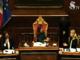 La presidente Casellati riprende il gesto del senatore Taricco