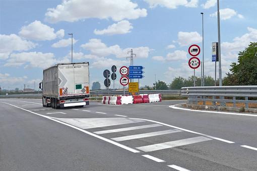 """Astra Cuneo al Prefetto: """"Tra lavori infiniti e strade che mancano per i camionisti è dura rispettare i tempi di guida e riposo"""""""