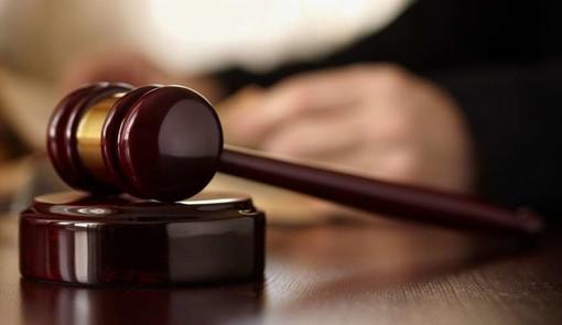Accusato di abuso sulla figlia minorenne a Riva Ligure, chiesti 8 anni di carcere per un 41enne cuneese